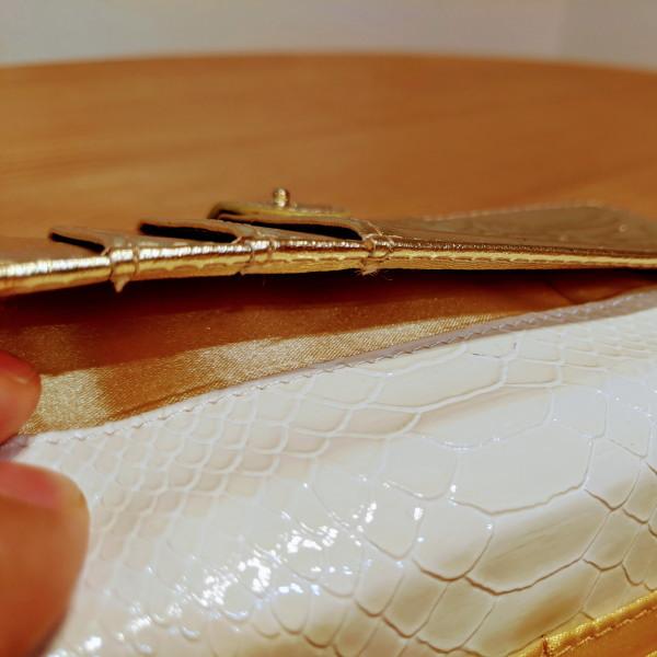 【超絶の人気】金運アップに白蛇柄の財運白蛇財布