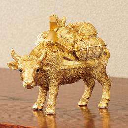 丑年2021年の縁起物、牛の置物「金運黄金大明神」